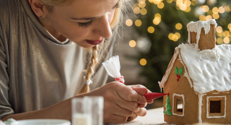 12 Christmas hacks your bank account will love